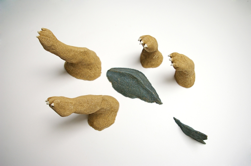 fanny-orge-sans-dessus-dessous-argile-sculpture-pattes-poisson