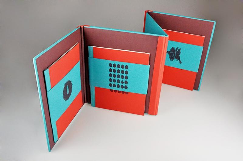 Fanny-Orge-book-depliant-cartonne-logo-dessin-print-volume-2